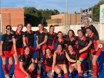 Campeonas_liga_mamis_castelldefels-Hockey-club_9por9.